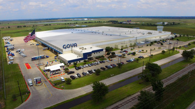 Goya honored fallen heroes and veterans on Memorial Day by flying a new 30' by 60' American flag on a 125-foot flagpole and constructing a monument at Goya's Texas location. Bob Unanue, President of Goya Foods, and Tawnee Gonzalez, widow of fallen soldier Marty Gonzalez paid tribute to all those who gave their lives to fight and defend our freedom.